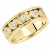 Gold Hearts Wedding Band in 14K Yellow Gold