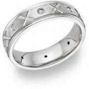 XoXo Design Platinum Diamond Wedding Band